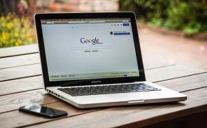 Como buscar en Google Retrazos